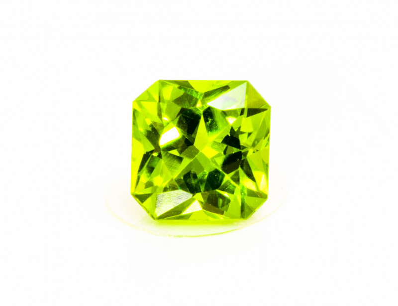 Peridot 3.50 ct Pakistan GPC Lab