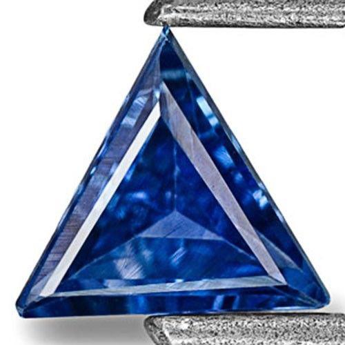 Madagascar Blue Sapphire, 0.27 Carats, Neon Blue Trilliant