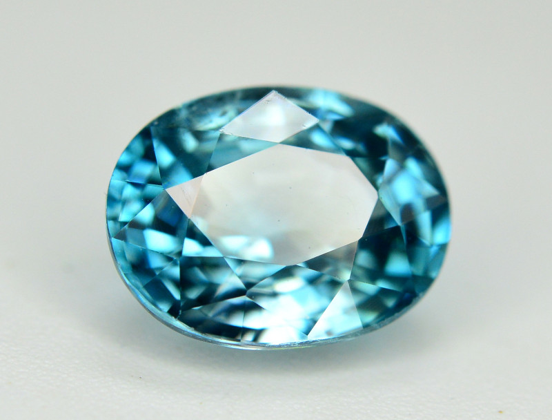 Vibrant Blue ~ 3.15 Ct Natural Zircon From Cambodia. RA1