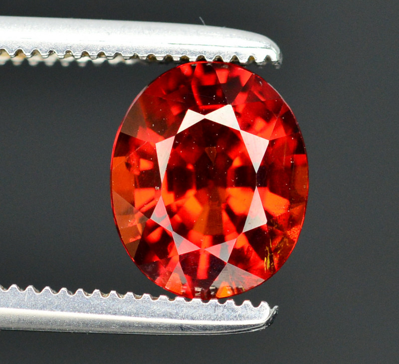 Reddish Orange Color 1.80 Ct Natural Spessartite Garnet. RA