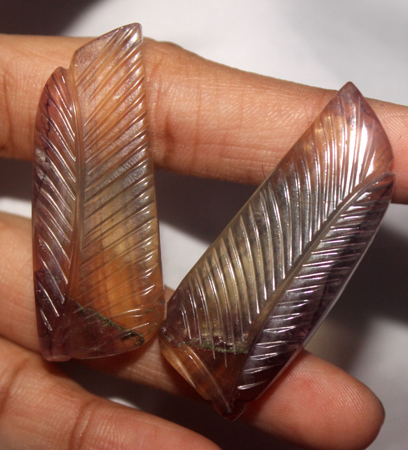 125 Crt Natural Fluorite Carvin Pair 2