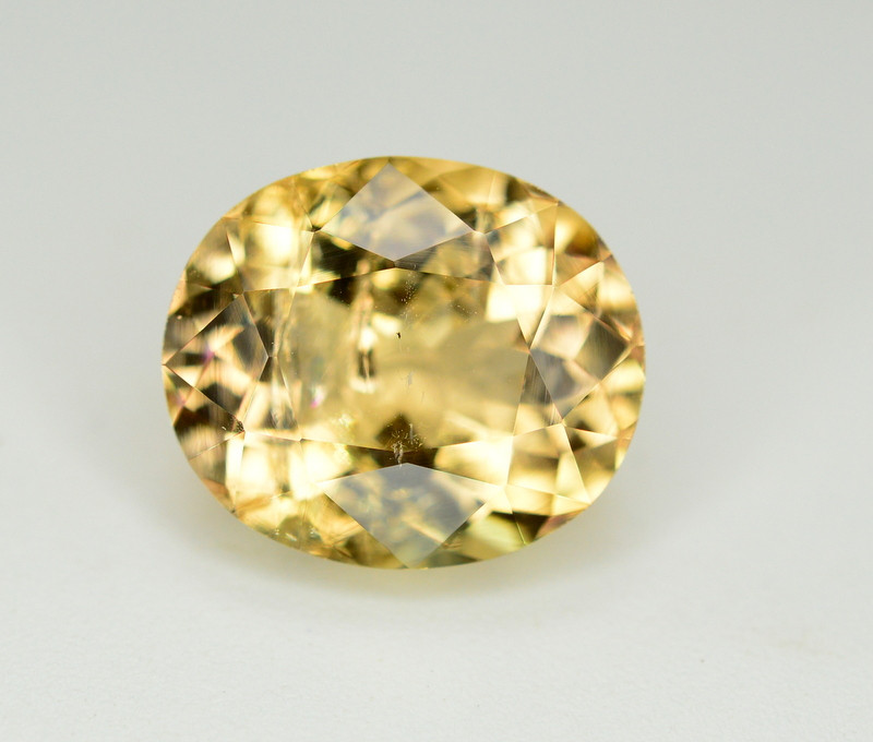 4.45 Ct Natural Peach Color Imperial Topaz