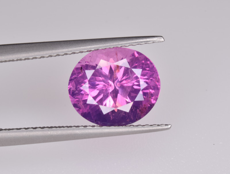 Natural Pink Sapphire 4.30 Cts