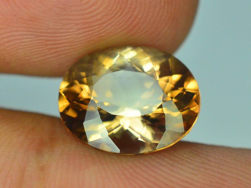 Top Quality 7.00 ct Champagne Color Topaz Skardu Pakistan