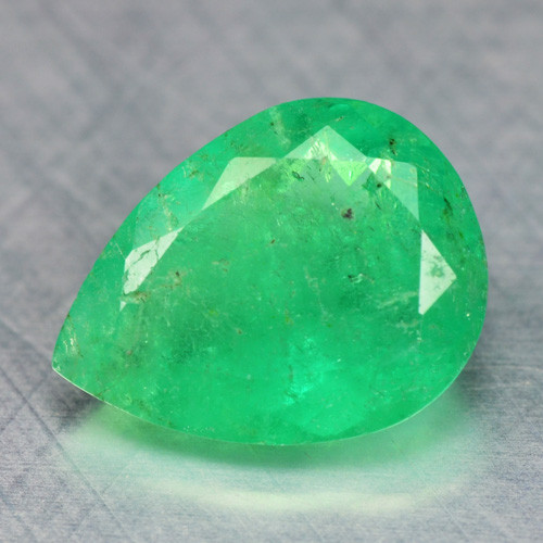 1.30 Cts NATURAL EARTH MINED GREEN COLOR COLOMBIAN EMERALD LOOSE GEMSTONE