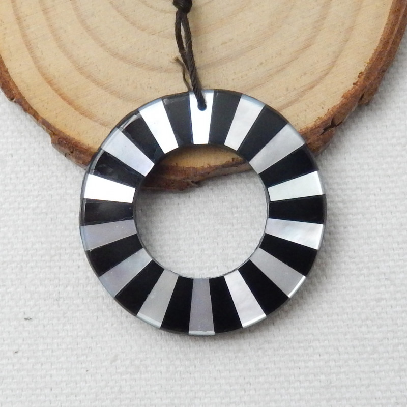 31cts Fashion Natural Shell and Obsidian Intarsia Pendant Bead D877