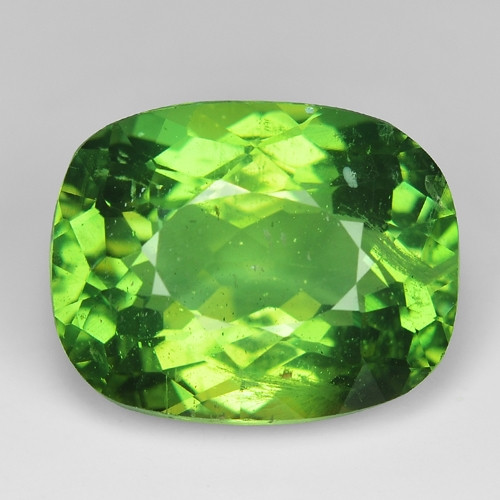 6.76 Cts Green Apatite ~ Awesome Color and Luster ~ AP12