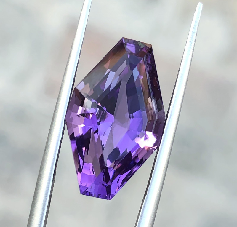 6.80 Ct Natural Purple Transparent Amethyst Gemstone