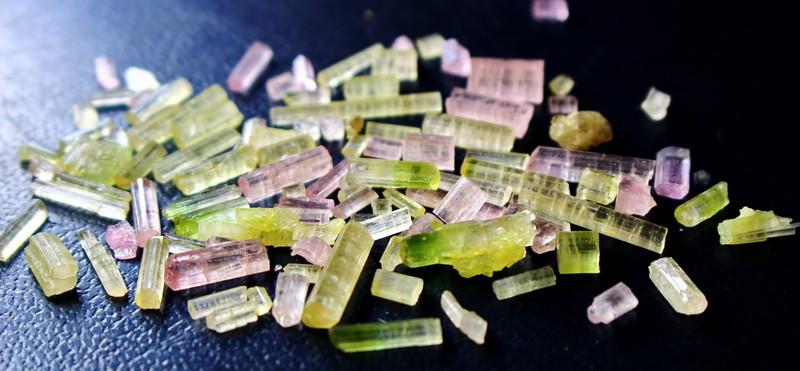 51.00 CT 100% Natural Green & Pink Tourmaline Crystal Rough lot