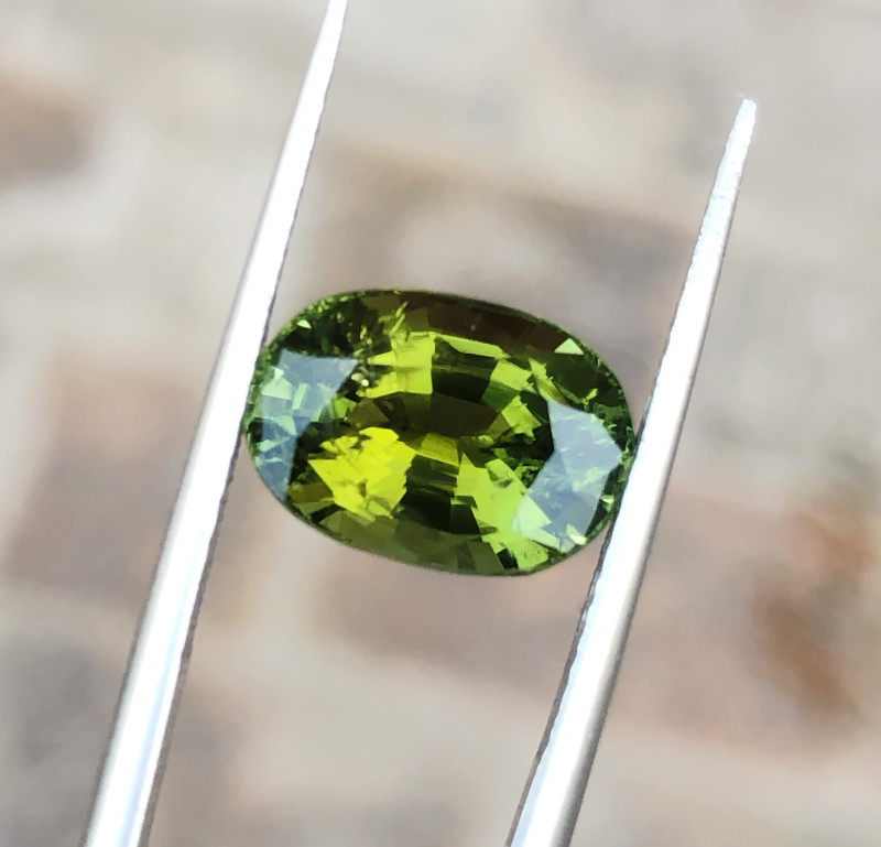 3.95 Ct Natural Greenish Yellow Transparent Tourmaline Gemstone