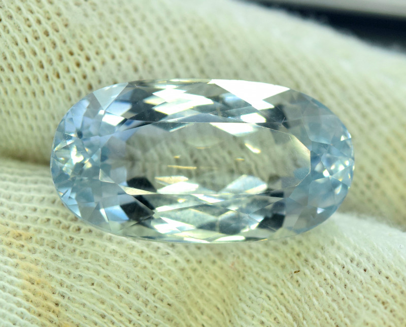 26.65 cts Aqua Color spodumene Gemstone From AFG (A)