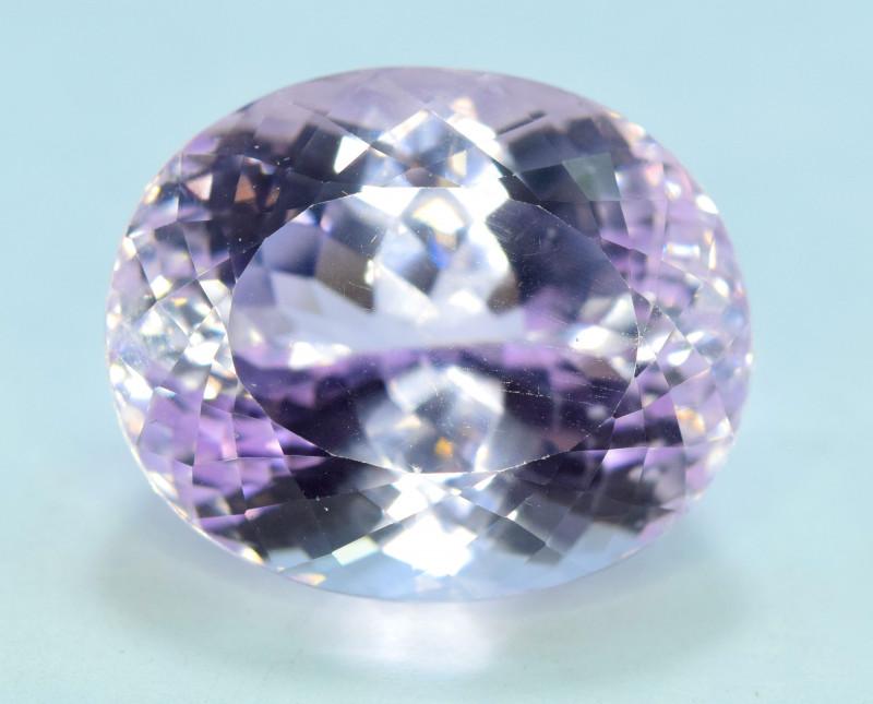 35.80 Carats Pink Color Kunzite Gemstone