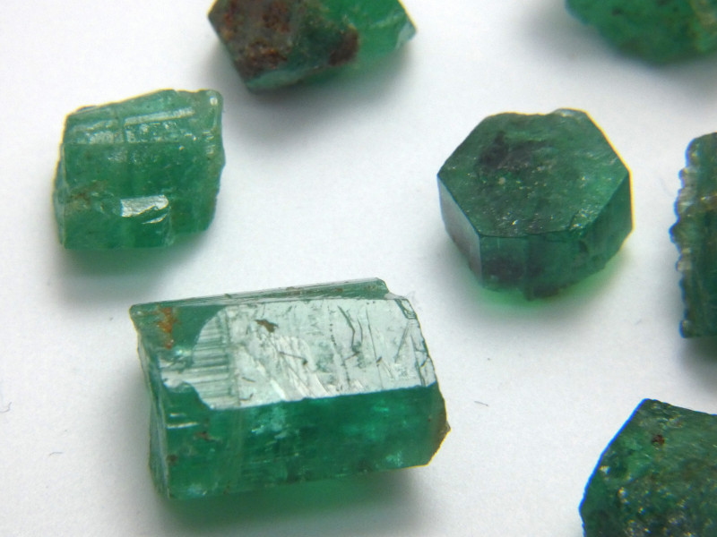 46Ct Natural Emerald Facet Rough Parcel