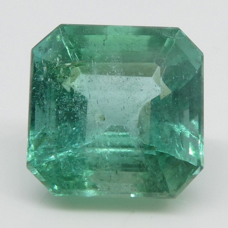 4ct Emerald Square