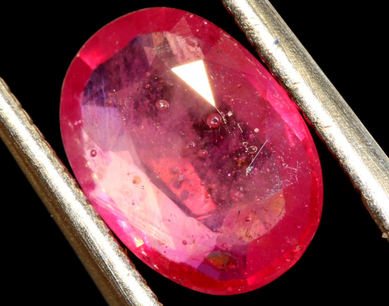 2.08 CTS RUBY NATURAL GLASS FILLED FACETED STONE CG-2746
