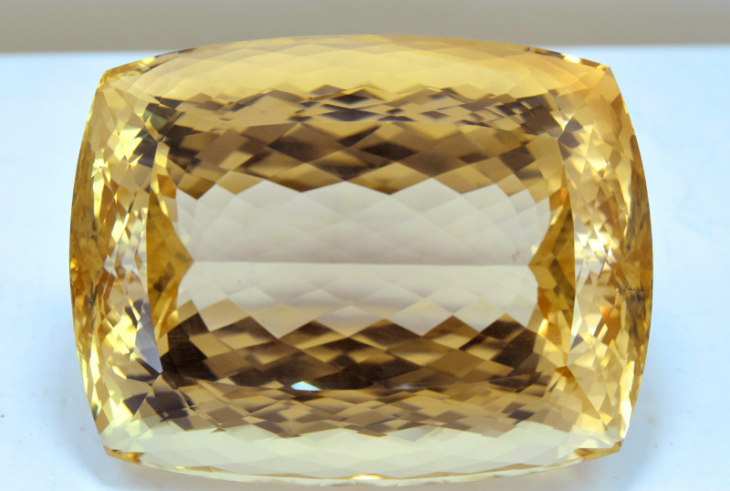 3400 Carats Top Quality Huge Sherry Topaz Gemstone