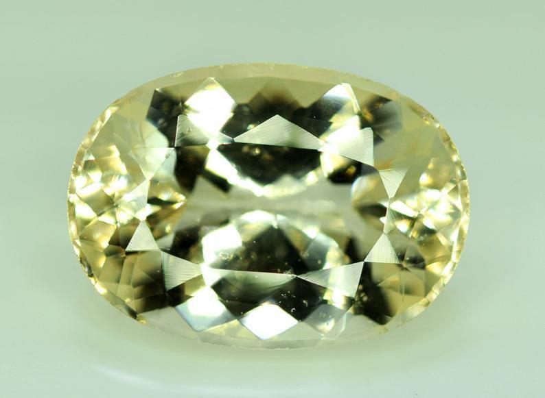 14.60 Carats Lovely Morganite Gemstone