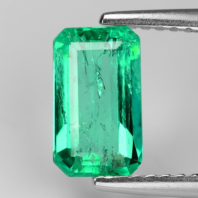 1.22 Cts NATURAL EARTH MINED GREEN COLOR COLOMBIAN EMERALD LOOSE GEMSTONE