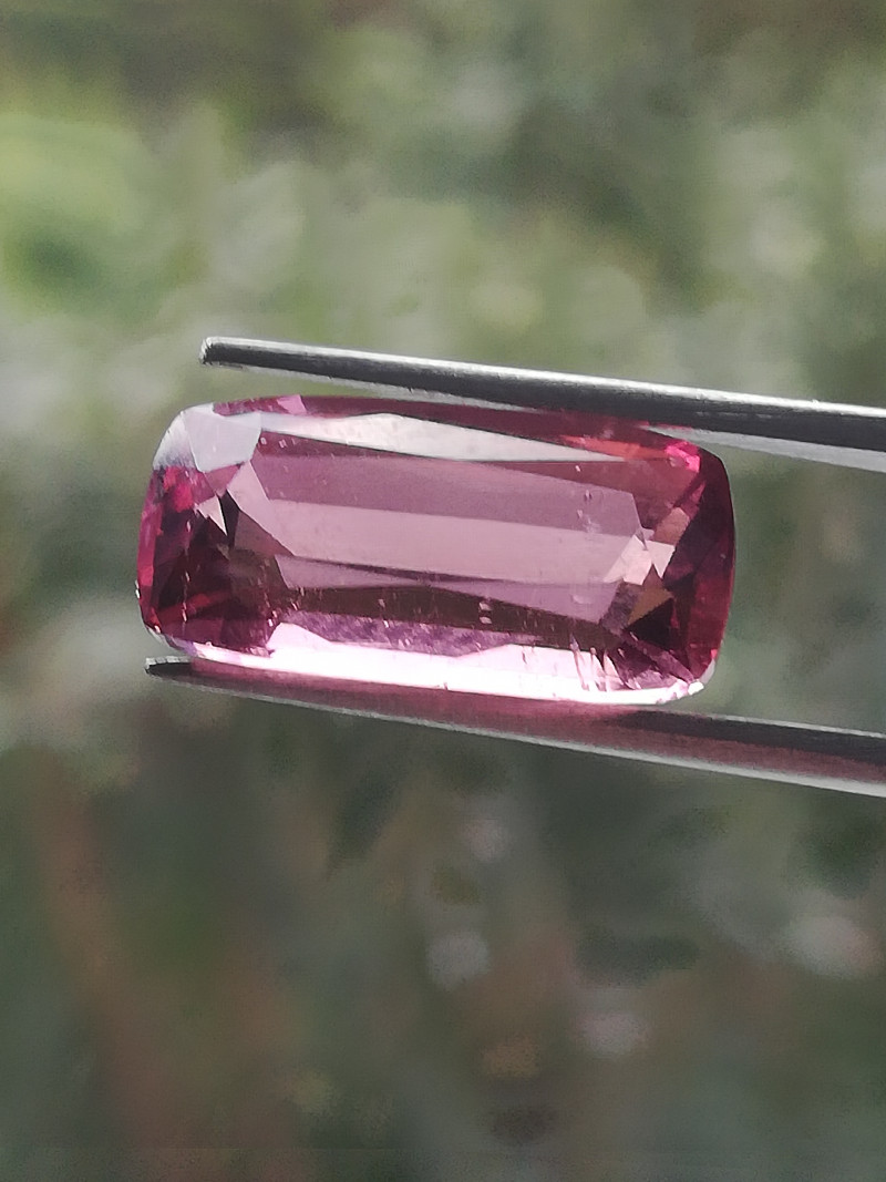 4.165ct Tourmaline from Afghanistan, excellent colour, good clarity!