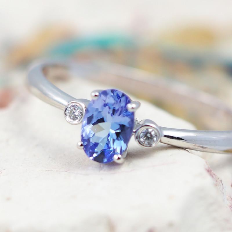 Natural Tanzanite in Silver Princess Ring F20D