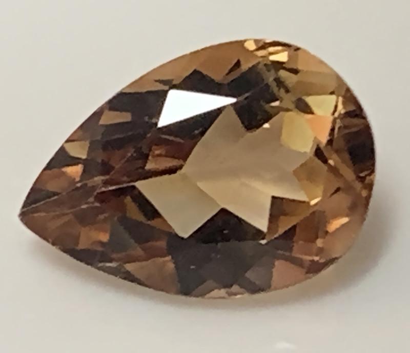 9.48ct Sparkling Bronze Gold Topaz Gem VVS No reserve ~