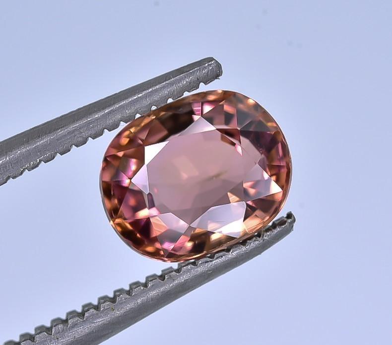 1.24 Crt Tourmaline Faceted Gemstone (R47)