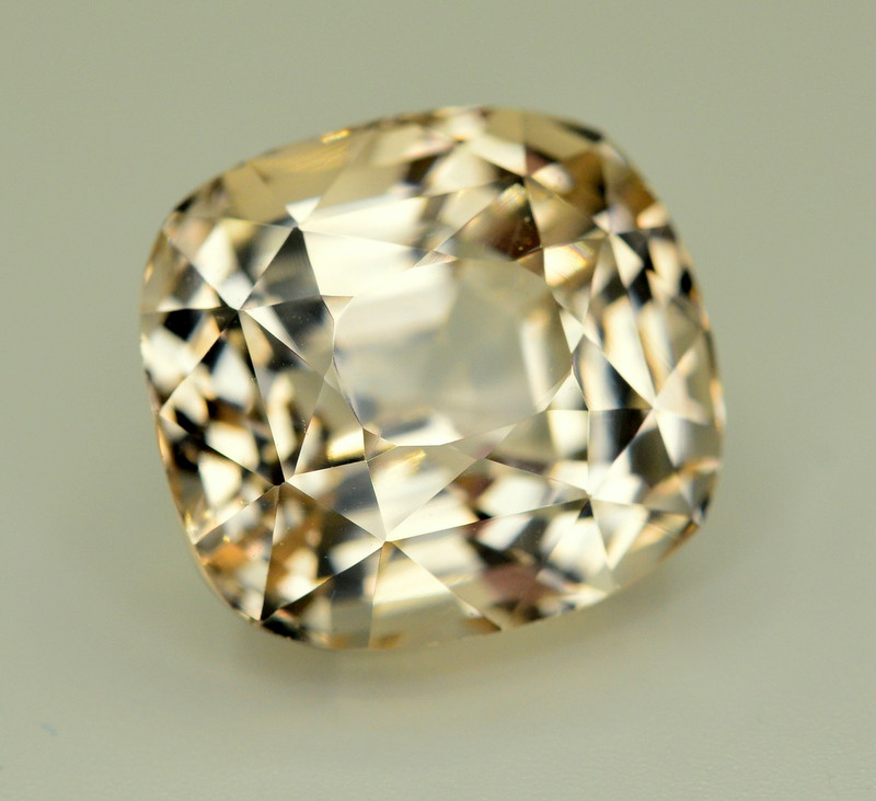 Untreated 31.45 Ct Natural Himalayan Topaz