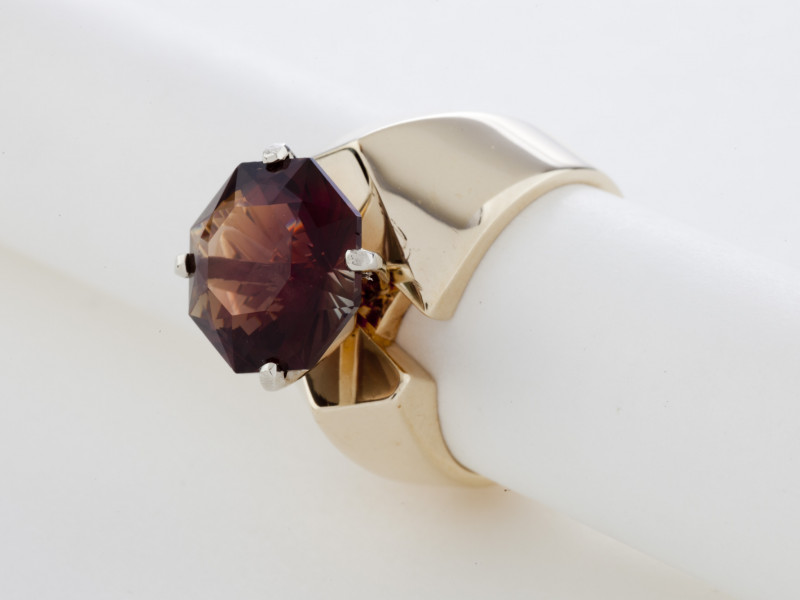 5.5ct Certified Dichroic Brown/Green Sunstone Gold Ring (S159R)