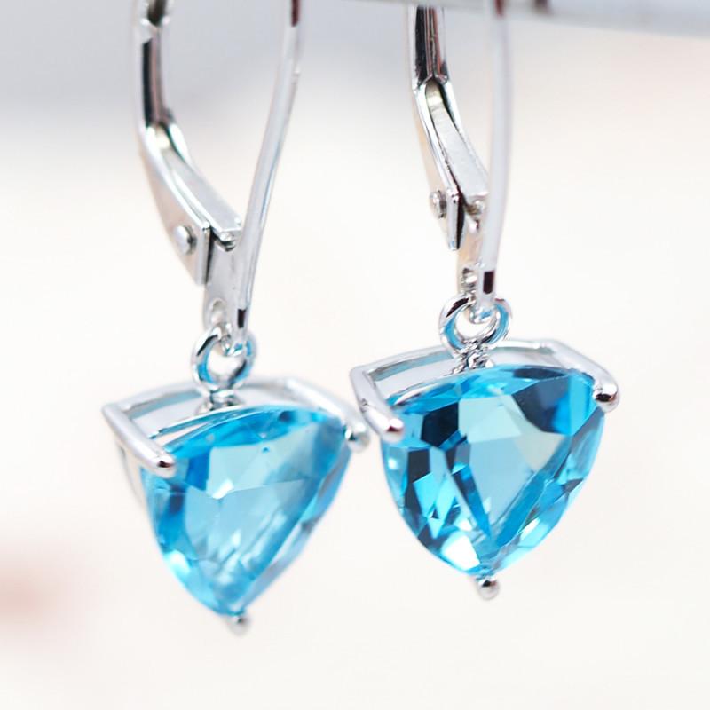 14 KW White Gold BLUE TOPAZ Earrings - F27B