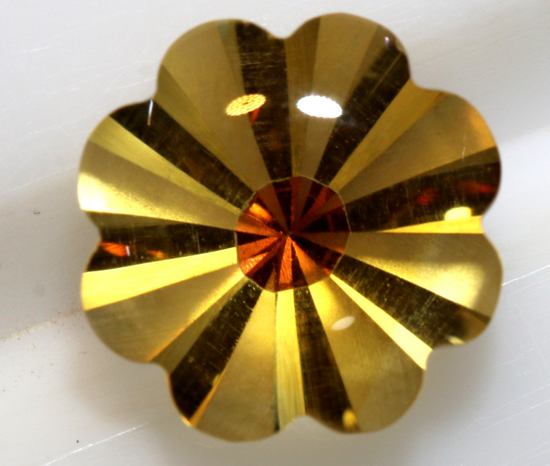 1.6  CTS -CITRINE FLOWER CARVING    LG-8