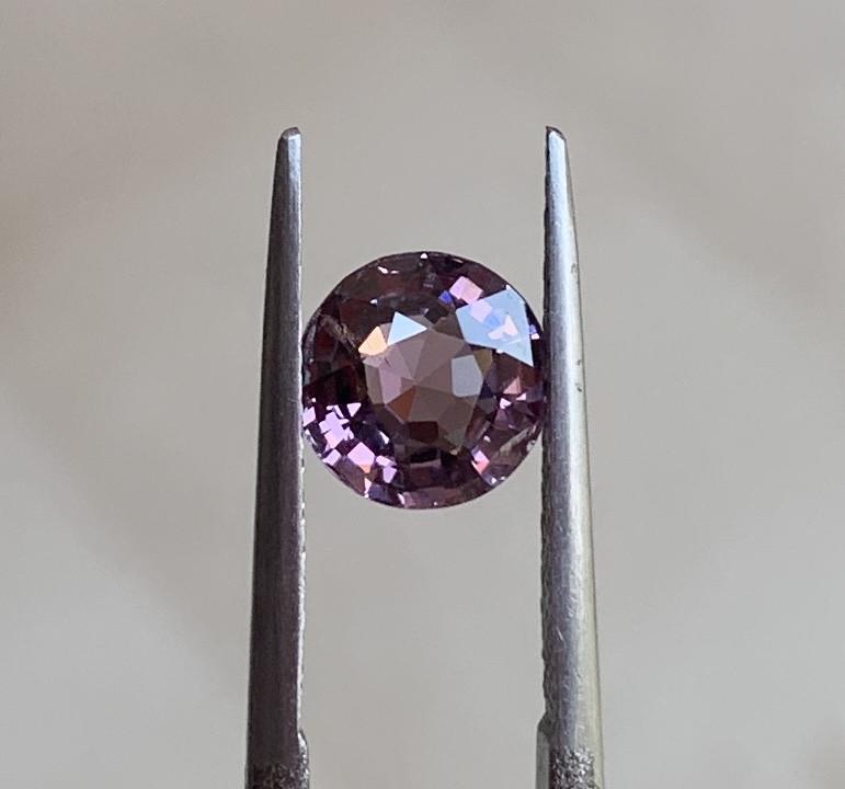 2.14ct VVS purple spinel