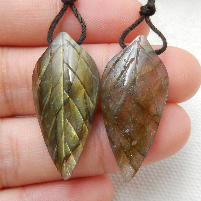 29.5ct Beautiful labradorite carved leave earrings semi-precious stones E16
