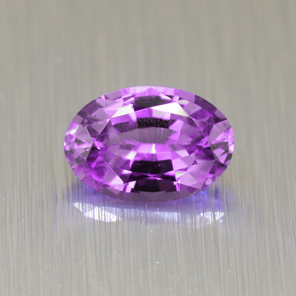 Ceylon Purple Sapphire 0.69ct  well-cut & good brilliance (01656)