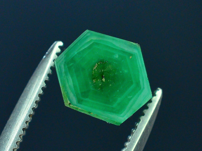 Top Grade 1.35 ct Swat Emerald Trapiche