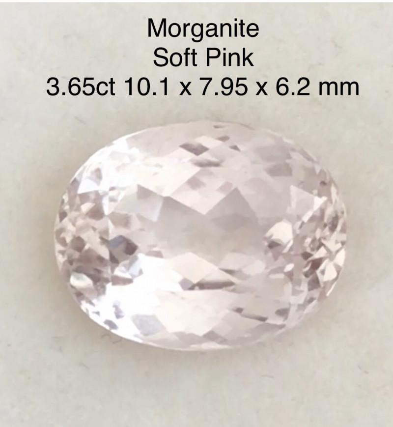 Pretty 3.65ct Soft Pink Oval Morganite - Ref H690