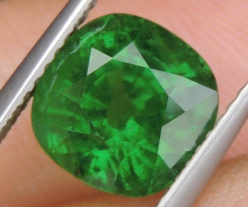 4.07cts, Tsavorite,  Untreated,  Pure Green,