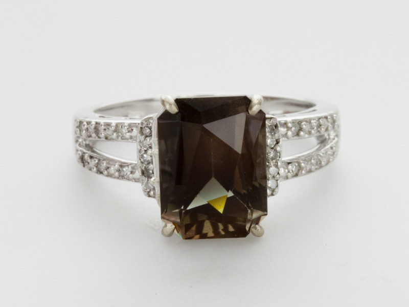 3.9ct Dichroic/Rootbeer Sunstone, White Gold Ring with Diamonds (S576R)