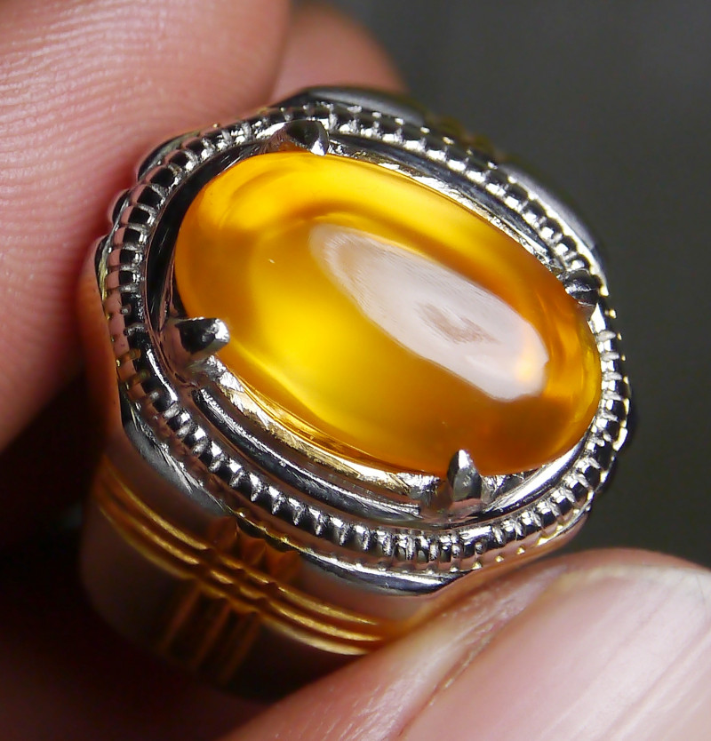60.40 CT UNTREATED YELLOW CLEAR INDONESIAN FIRE OPAL WITH RING