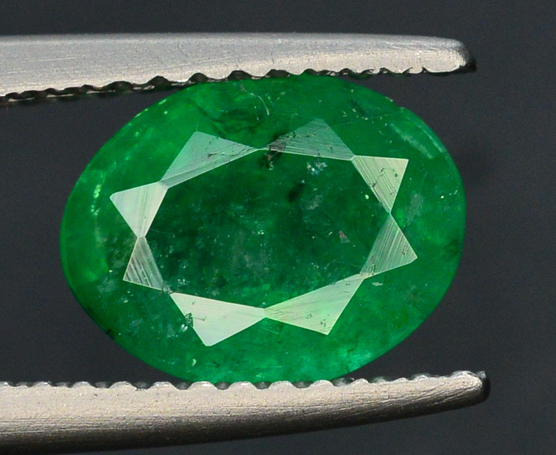 Top Color 1.30 Ct Natural Emerald From Swat