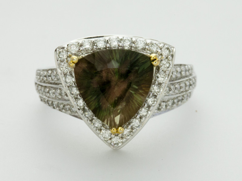 3.6ct Green Triangle Sunstone Gold Ring With Diamonds (S1866R)