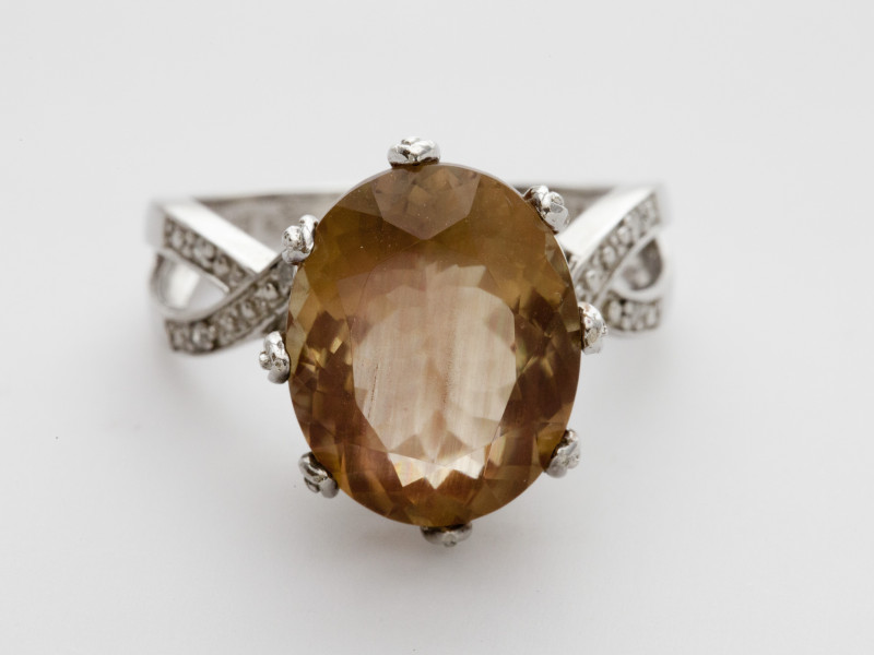 7.8ct Peach Sunstone, Sterling Silver Ring with Diamonds (S1389R)