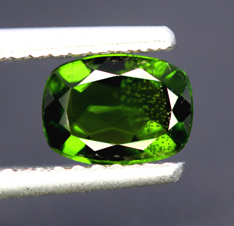 1.30 CTS NATURAL UNHEAT GENUINE LUSTROUS CHROME DIOPSIDE