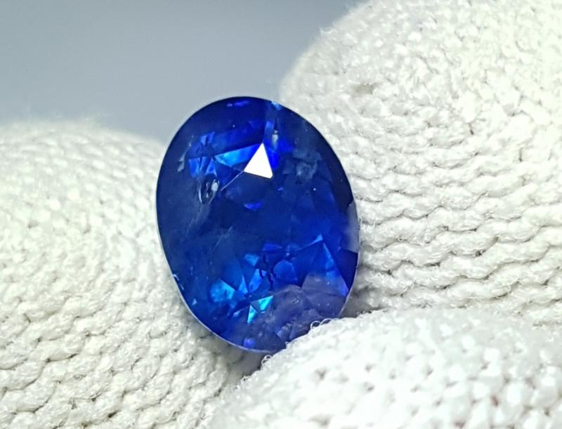 CERTIFIED 2.15 CTS NATURAL BEAUTIFUL ROYAL BLUE SAPPHIRE SRI LANKA