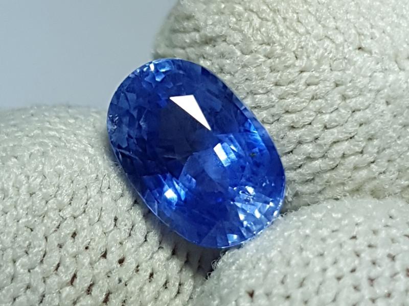 CERTIFIED 2.20 CTS NATURAL BEAUTIFUL CORNFLOWER BLUE SAPPHIRE SRI LANKA