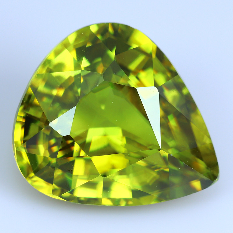 3.50 CTS SUPER BRIGHT RARE GREEN-COLOR SPHENE TITANITE NR