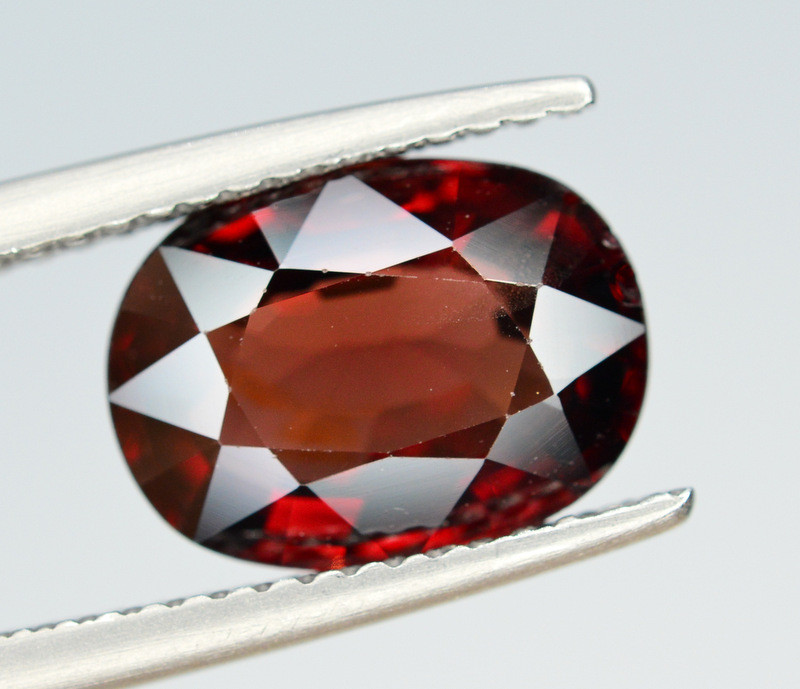 AIG CERT  Rare 3.15 Ct Marvelous Color Natural Red Spinel From Burma