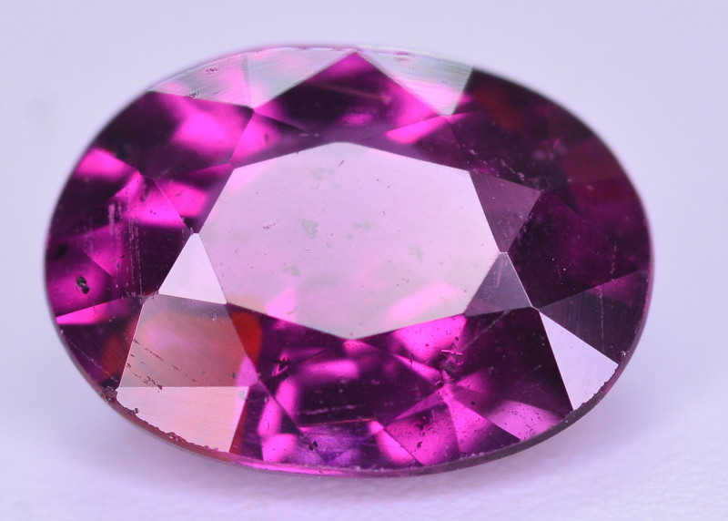 1.60 ct Grape Garnet one of a Kind Fire Mozambique T