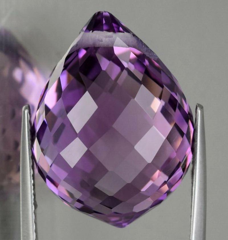 19.45ct Violet Amethyst Briolette 19.00mm