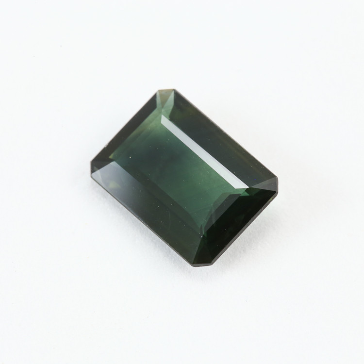 3.07ct Lab Certified Natural Green Sapphire
