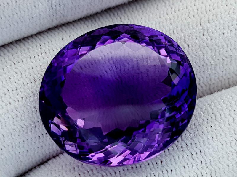 42Ct Natural Amethyst Gemstones IGCam45